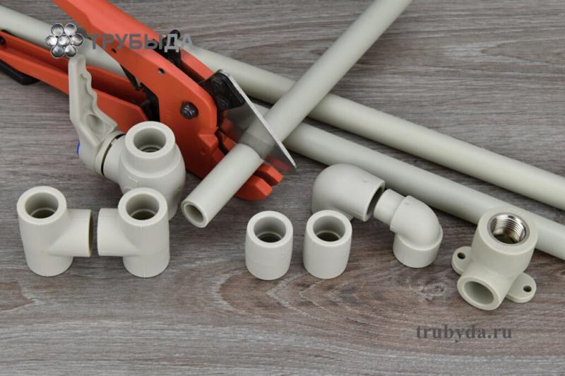 Можно ли полипропиленовые трубы замуровывать в стену и как правильно провести монтаж?