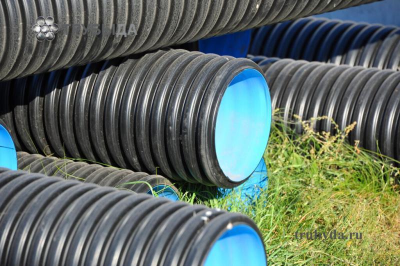 Особенности выбора и монтажа пластиковых труб большого диаметра