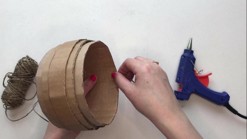 Плетеная корзинка из джута своими руками