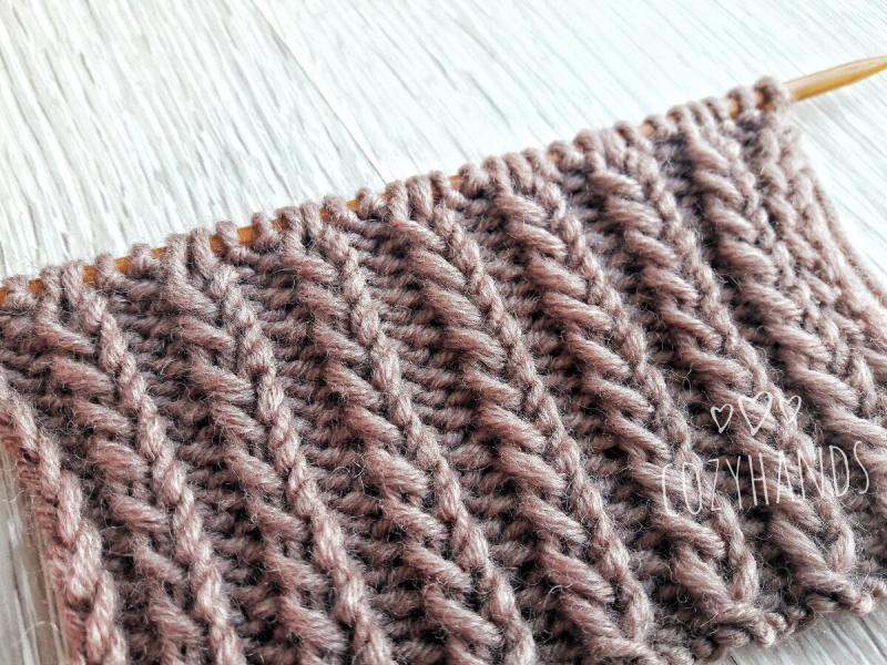 Пышная резинка для вязания шапки спицами
