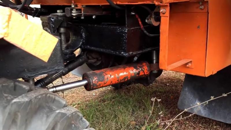 Верный помощник по хозяйству. Самодельный трактор с мотором от «Жигулей»