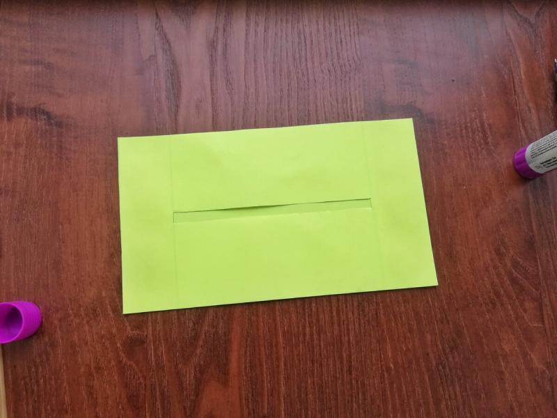 Бумага, клей и ножницы: делаем приспособление для чтения схем по вязанию