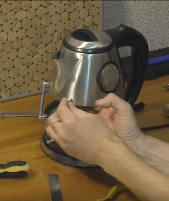 Что можно сделать из старого электрического чайника