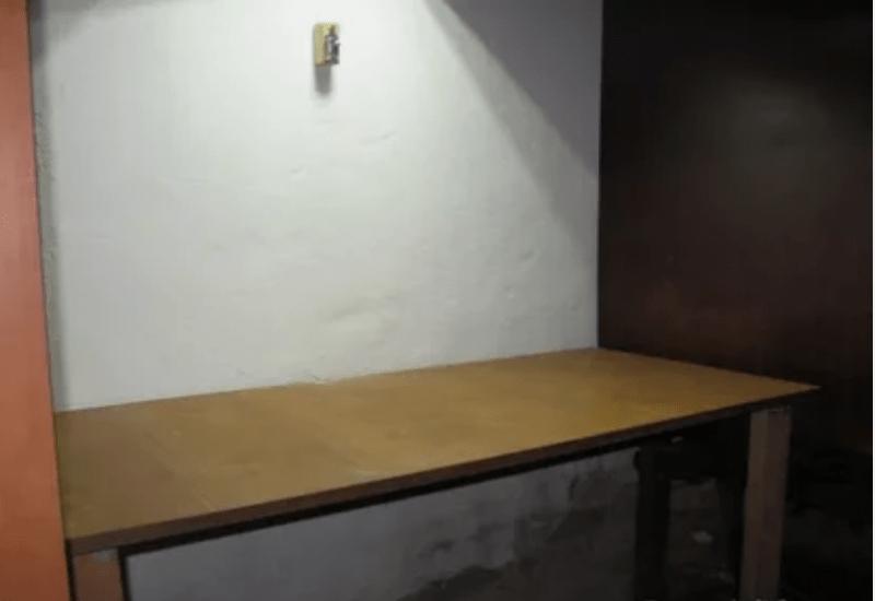 Как сделать стол в гараже и не потерять драгоценное место?