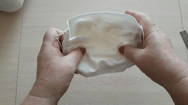 """Многоразовая маска на липучке для сменного """"фильтра"""" своими руками."""