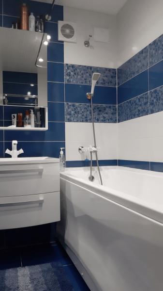 Преображение грязного, убогово санузла в чистую и светлую ванную комнату