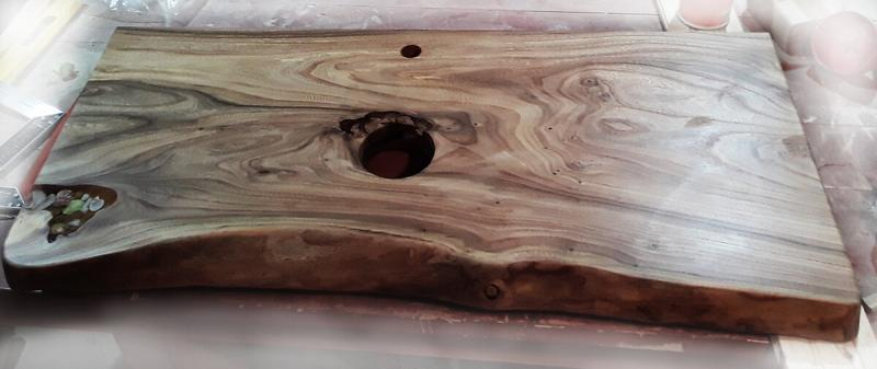 Столешница для ванной комнаты под умывальник