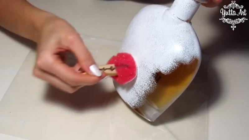 Что сделал художник с бутылкой коньяка! Теперь это украшение интерьера!