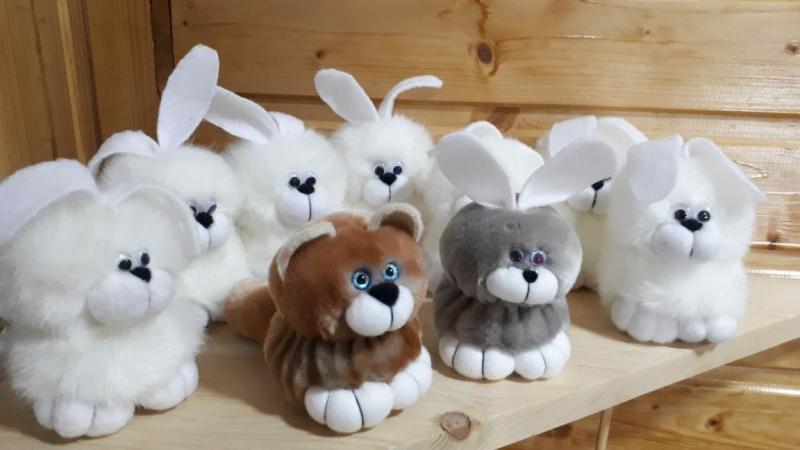 Смогут даже те, кто никогда не шил! Сделайте с детьми забавных зверьков, которых мы придумали с ребятами в детском доме