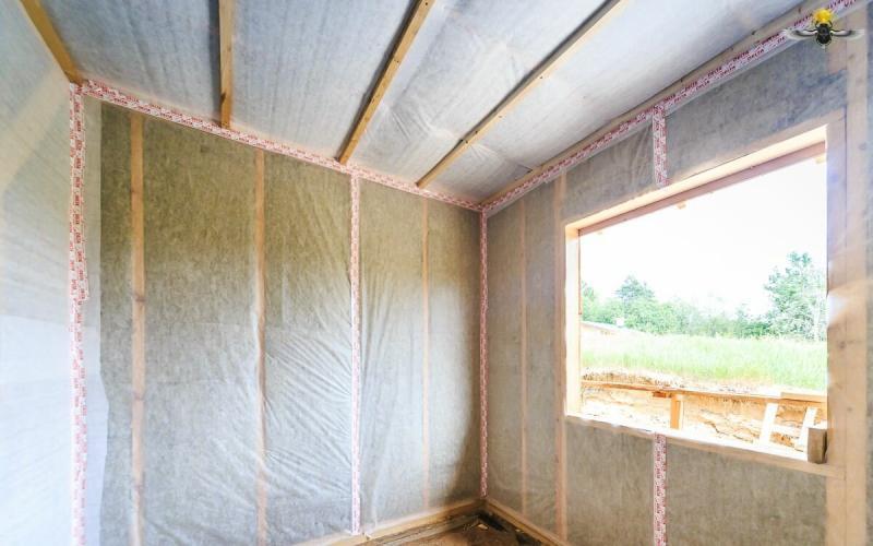 Технология монтажа пароизоляции стен каркасного дома
