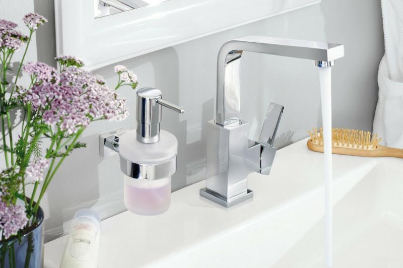 8 вещей для ванной комнаты, которые сделают её еще удобнее