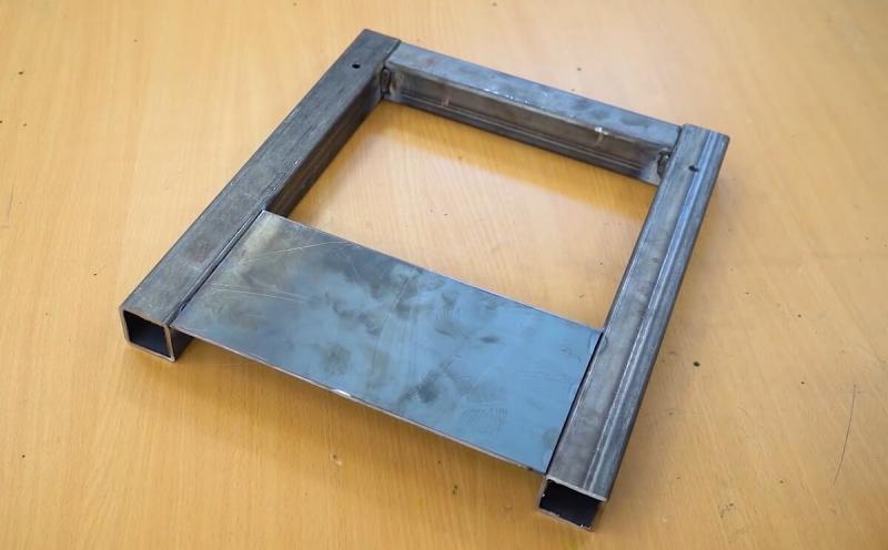 Самодельный станок для вырезания ровного круга из листового металла, разного диаметра
