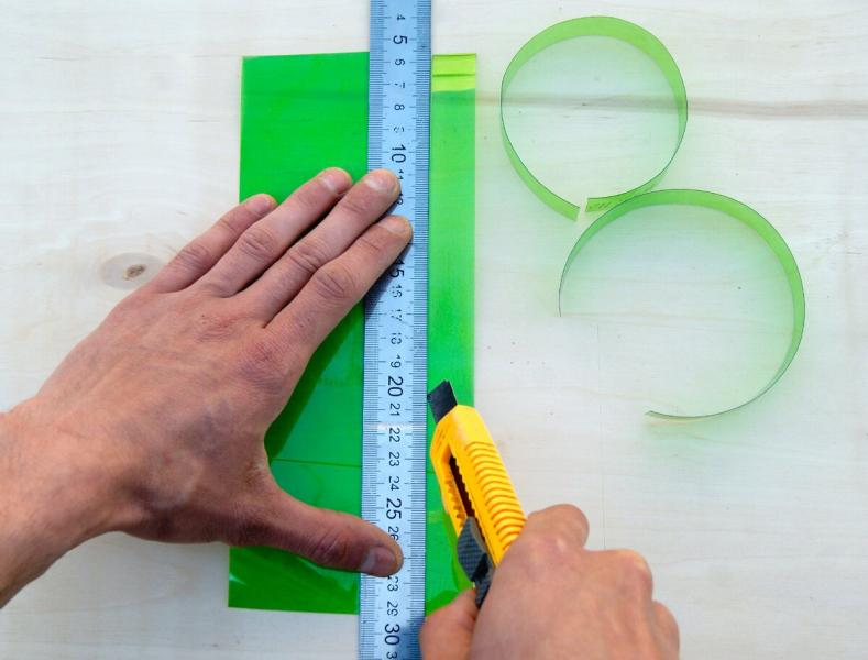 Уже давно не покупаю пластиковые стяжки, ведь их аналог можно сделать бесплатно за пару минут!