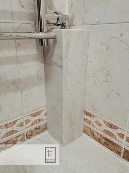 2 проверенных способа маскировки щели между ванной и стеной