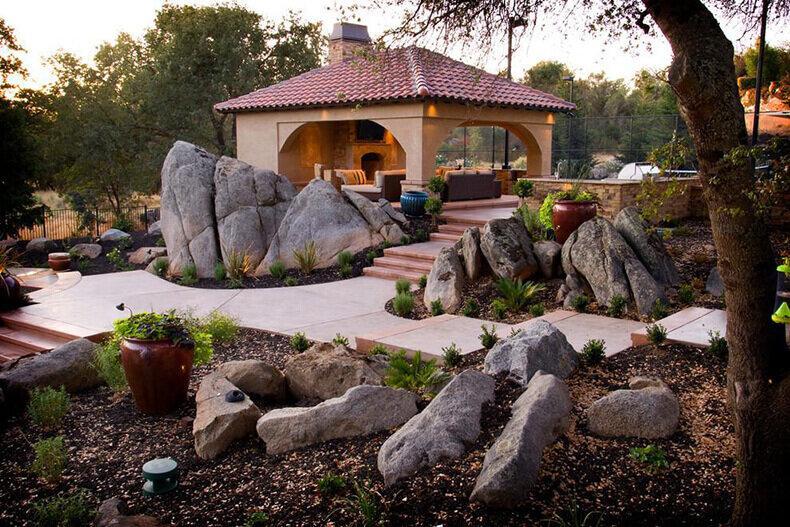 Украшения для сада своими руками из подручных материалов