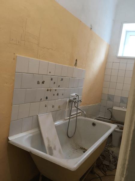Узкая ванная комната 1,5 метра шириной и ее преображение