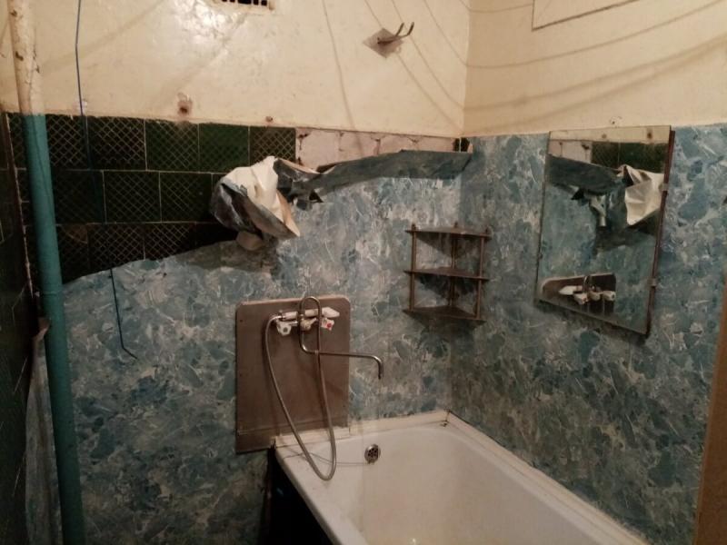 Жуткая ванная и туалет. Преображение панелями ПВХ.