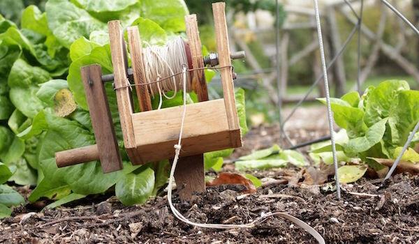 5 полезных самоделок для дачи и огорода: перенимаем опыт народных умельцев