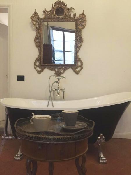 Чем заменить экран под ванну? Новая жизнь старой чугунной ванны. Дизайнерская ванна Своими руками за 10 минут. Ножки для ванн