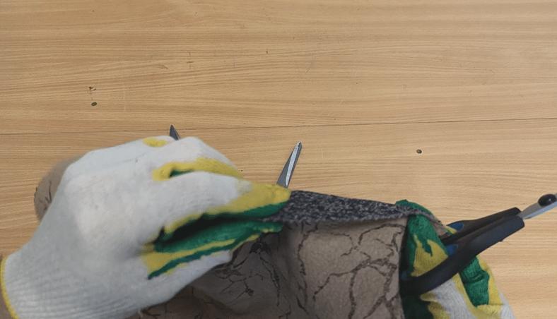 Как наточить ножницы за 10 секунд. Простой способ
