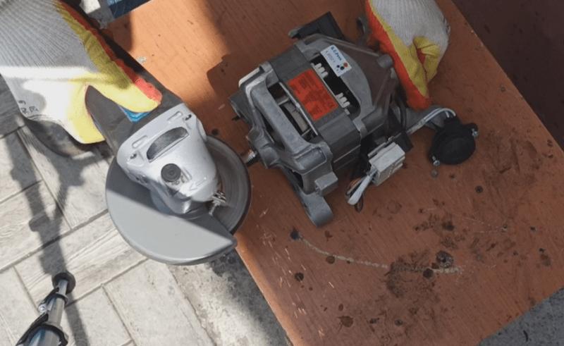 Мощный станок из двигателя от стиралки автомат, сделал для себя, сосед просит продать