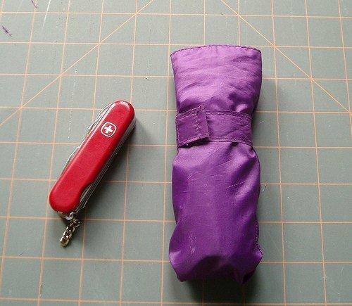 Не выбрасывайте старый зонт, он вам еще пригодится :)
