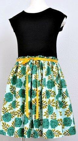 Шьём красивое платье из футболки и отреза яркой ткани. 5 идей для жаркого лета.