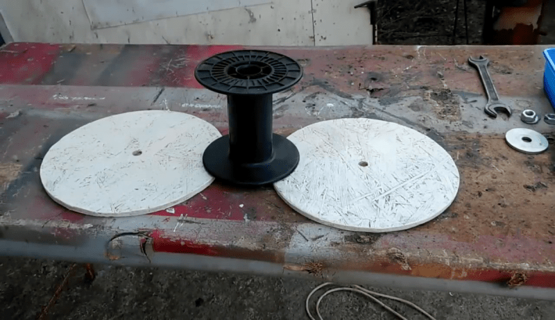 Как из подручных материалов сделать удлинитель на катушке своими руками