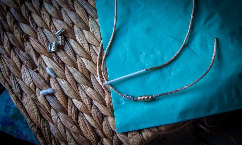 Научилась у знакомой необычному плетению на ватной палочке😳👍. Показываю, что получилось у меня