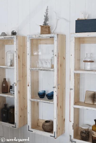 НЕ ВЫБРАСЫВАЙТЕ СТАРЫЕ ОКНА: 10 интересных способов переделки для декора дома и дачи