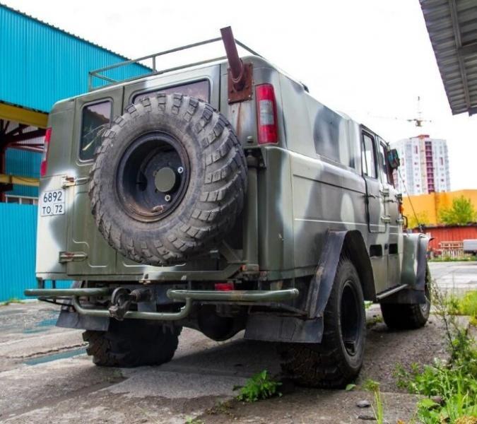 Самодельный вездеход на базе ГАЗ-66 с печкой буржуйкой и деталями от разных авто