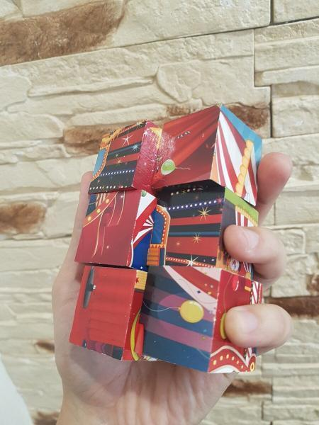 Сделал интересную поделку для интерьера из старых детских кубиков. Показываю что у меня получилось