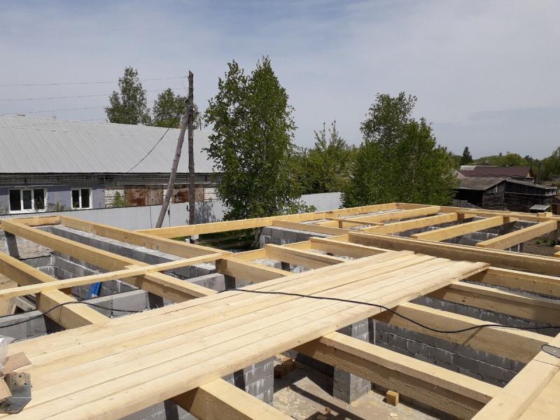 Строю крышу: все тонкости монтажа вальмовой крыши.