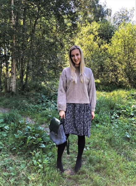 Ткань из бабушкиного сундука превратилась в платье от-кутюр! ШЬЮ и ПОКАЗЫВАЮ. Обработала изнанку французским швом.