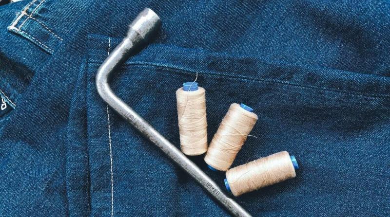 3 лайфхака, которые помогают укорачивать джинсы - научили в ателье.