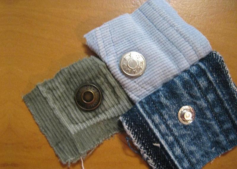 Ирина такая выдумщица! Это она придумала шить сумочки из кончиков джинсовых поясов с кнопками