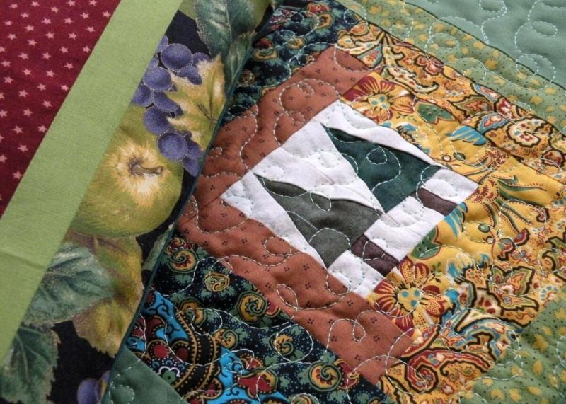 Из лоскутков - подстановочные салфетки, панно и... кукольные одеялки. На примере работ Нины Завацкой