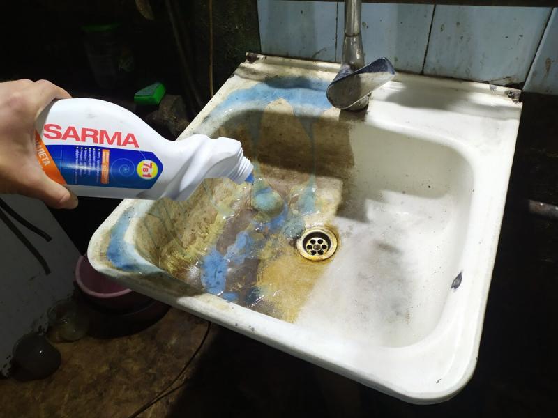 Обновил ванну и раковину за 100 рублей