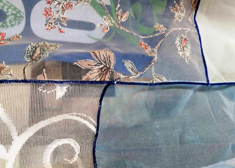Шили вы когда-нибудь лоскутные шторы из кусочков органзы? А Валентина Васильевна шила. И не раз