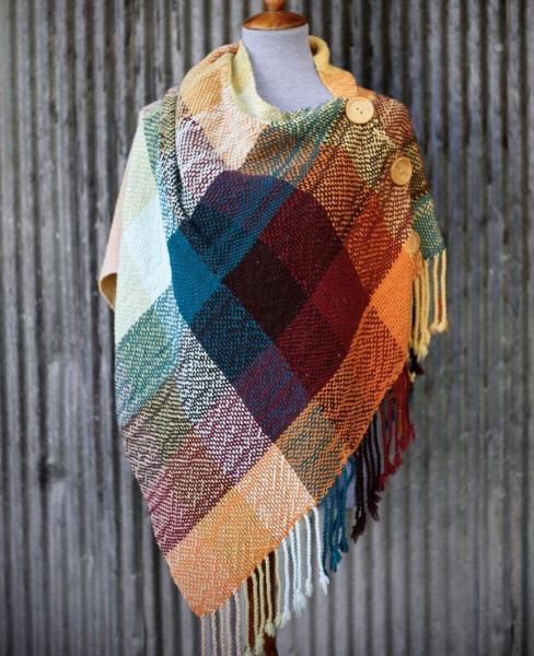 Утепляемся. Накидки из шарфов и палантинов. Идеи + схемы и выкройки.