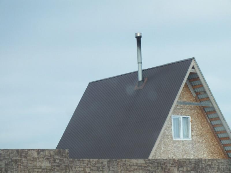 Неправильный монтаж дымовых труб на крыше
