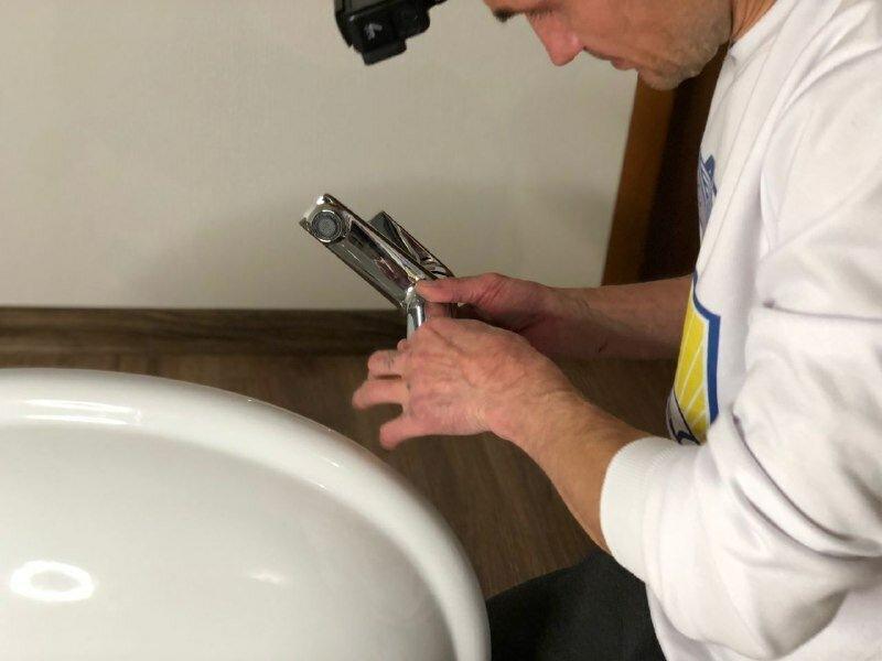 Как выбрать хороший смеситель в ванную? Откровения сантехника. Рассказываем и показываем на примере
