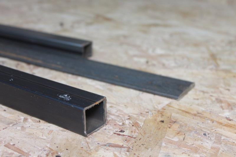 Подсмотрел, как Китайцы режут идеально ровно металл обычной болгаркой, простое решение из профильной трубы