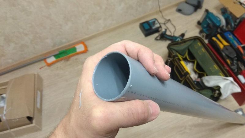 Сантехник со стажем в 30 лет дал совет, как соединить канализационную трубу, чтобы потом не отгрести проблем. Рассказываю как.