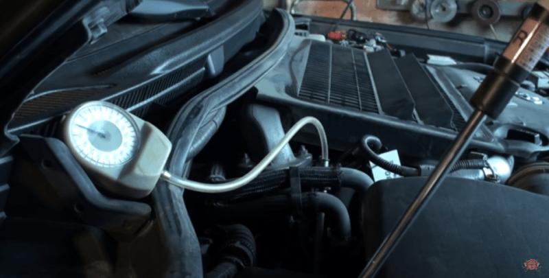 Забита как дымоход в буржуйке. Даже опытные водители забывают чистить вентиляцию картера. Проверить ее можно за 2 минуты