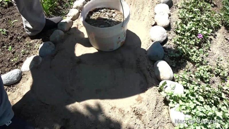 Потратил 1000 рублей, несколько дней и сделал отличную дорожу для сада