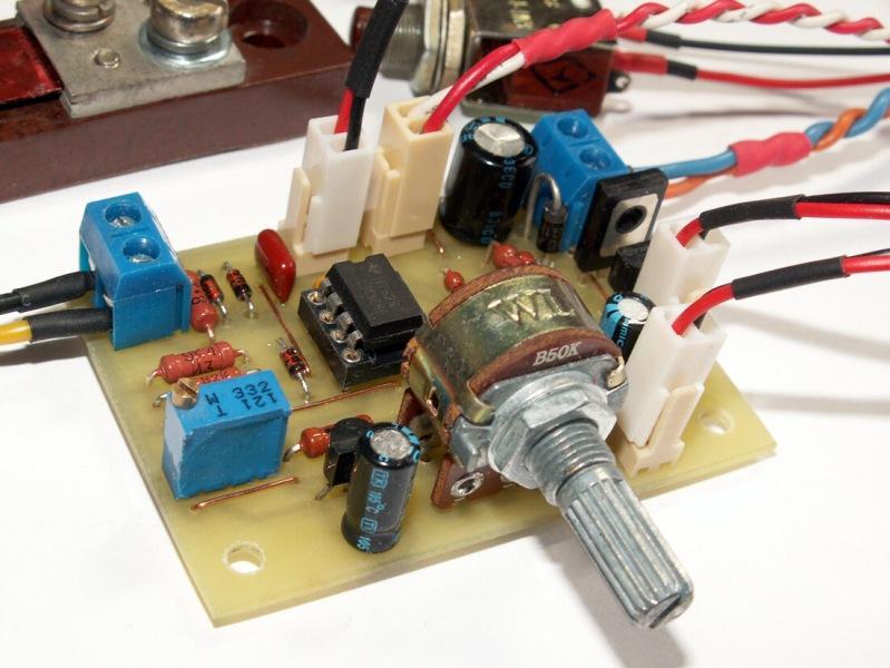 Электронная защита источников питания с регулируемым порогом тока отключения.