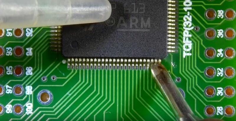 Пайка SMD компонентов своими руками.